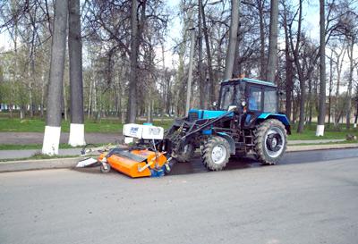 Лотковая щетка на трактор МТЗ, БЛ-900